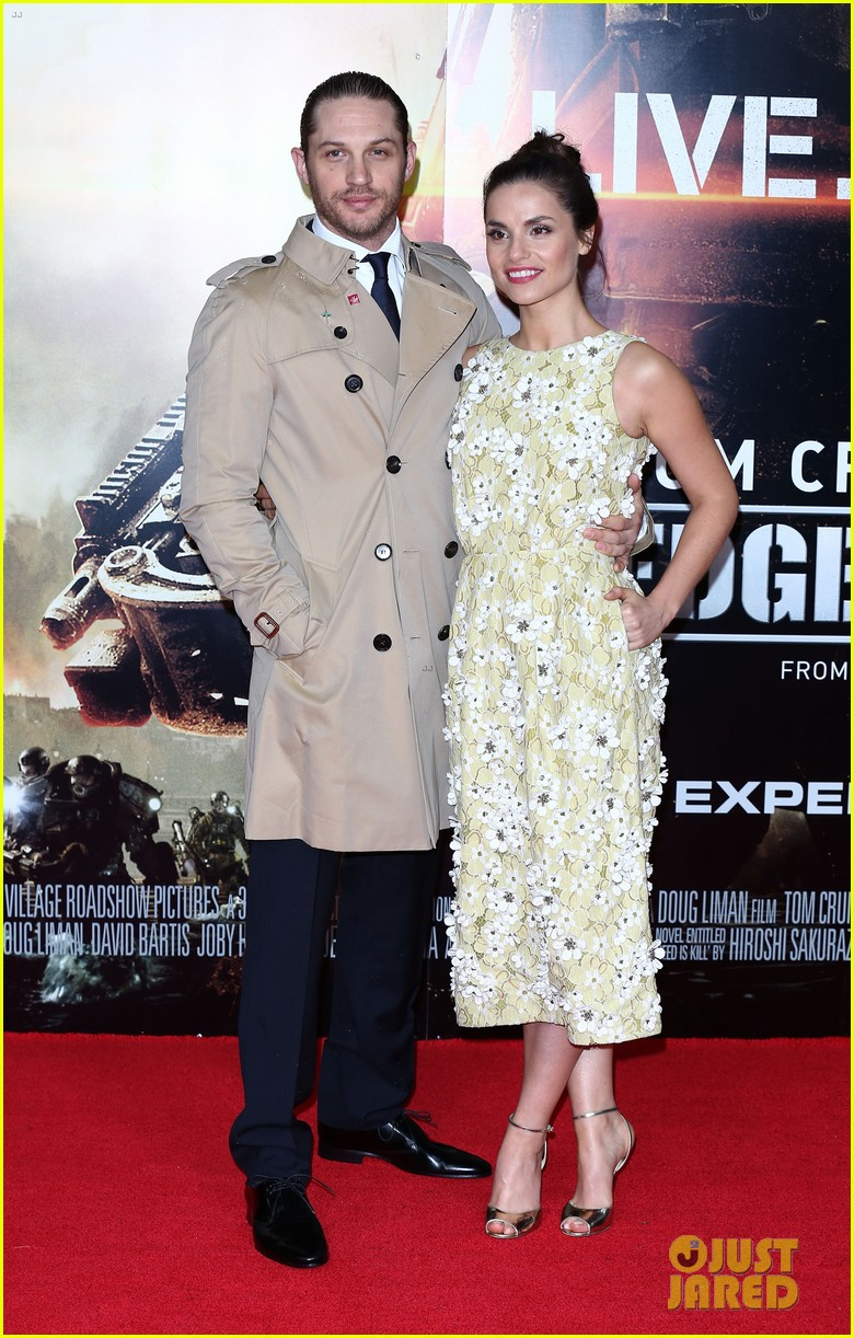 tom hardy supports girlfriend charlotte riley at edge of tomorrow london premiere 023123183