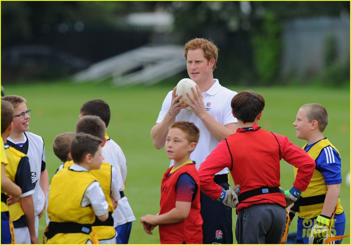 prince harry plays rugby schoolkids flashes his abs in the process 163123869