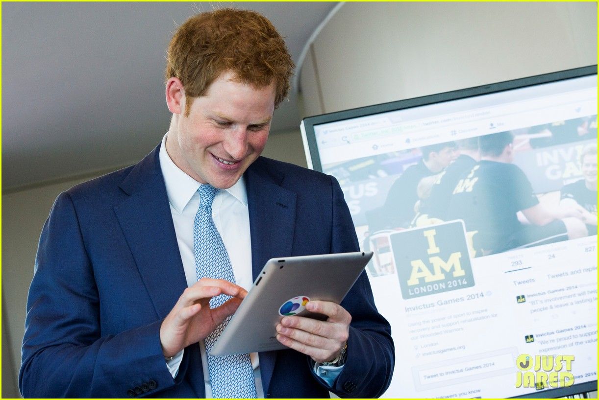 prince harry sends his first tweet ever 04