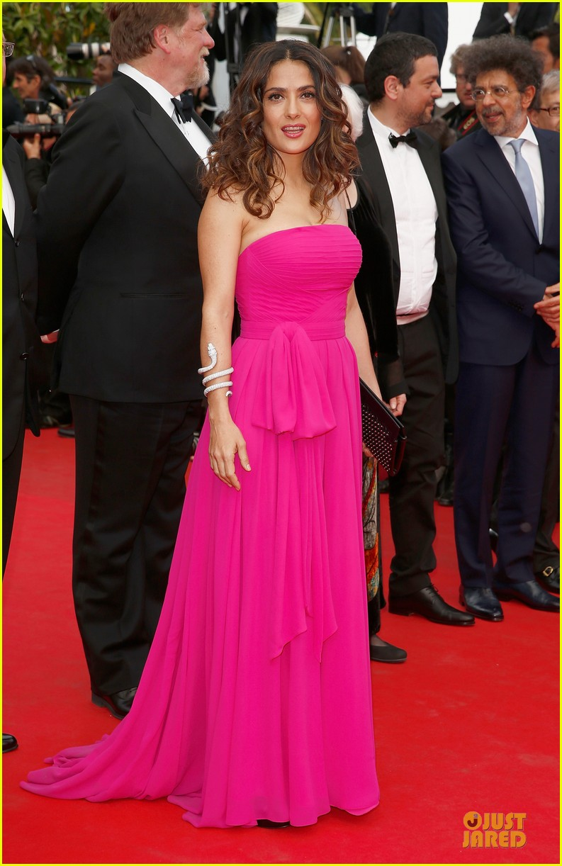 salma hayek political statement at prophet cannes premiere 03