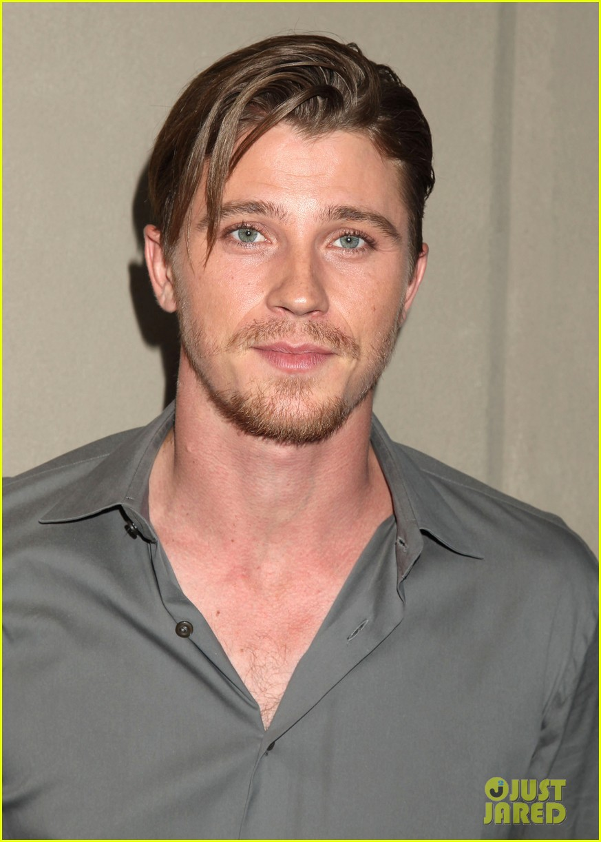 garrett hedlunds winning smile will probably cure your hump day blues 05