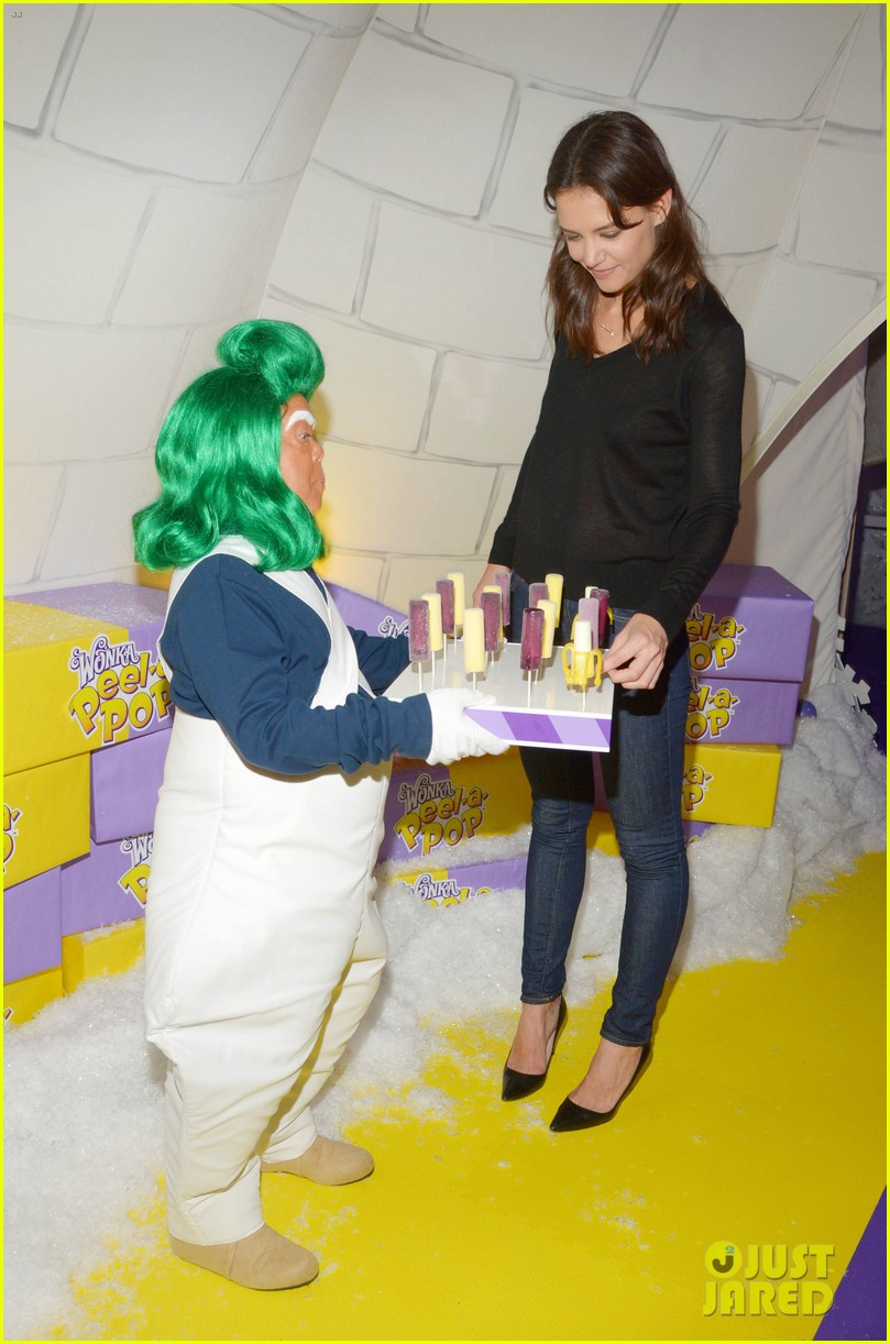 katie holmes meets an oompa loompa in wonka land 033114292