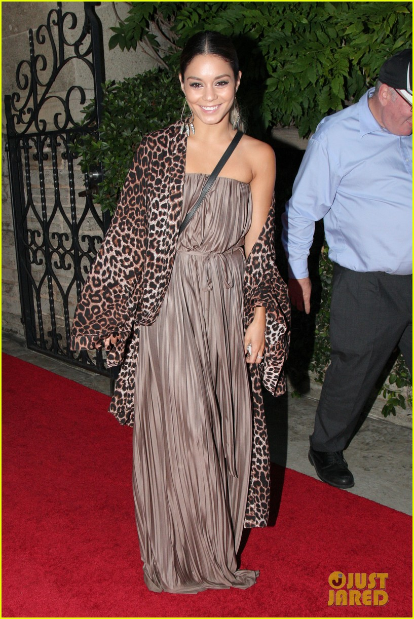 vanessa hudgens supports austin butler geffen playhouse 023124624