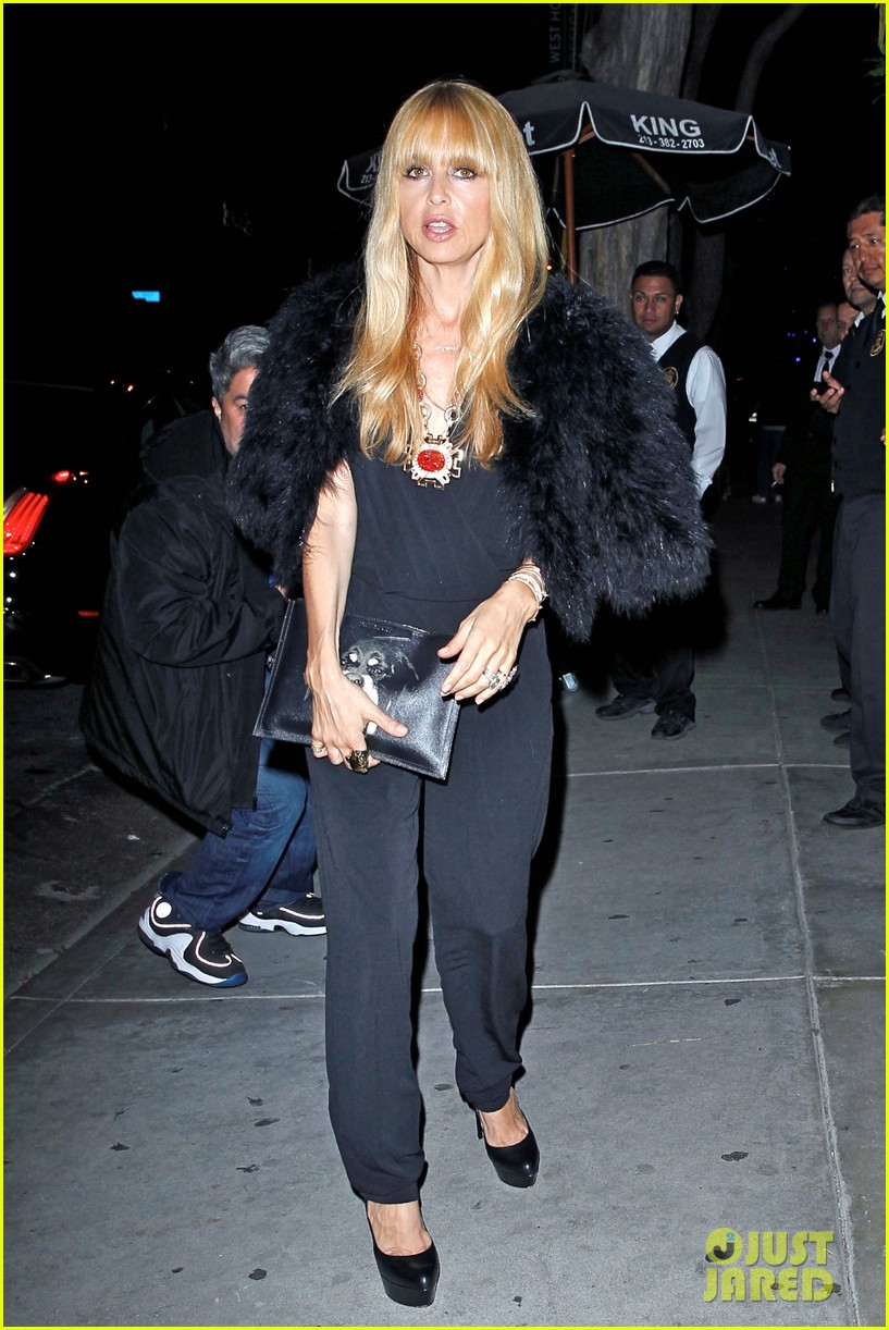kate hudson fergie buddy up at chrome hearts party 07