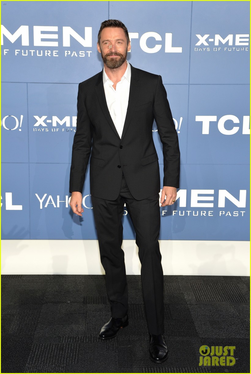 hugh jackman wears bandage on nose to x men premiere 10