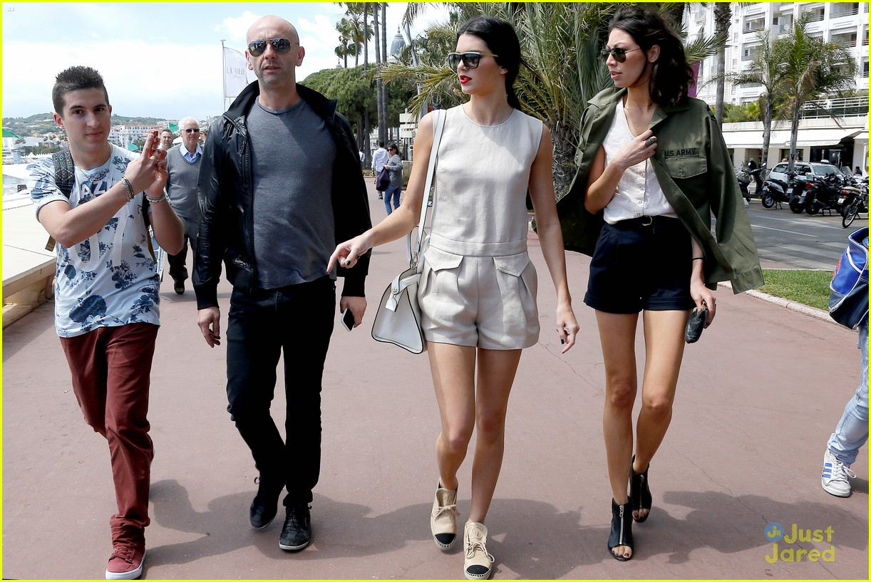 kendall jenner cannes shoot boat 05