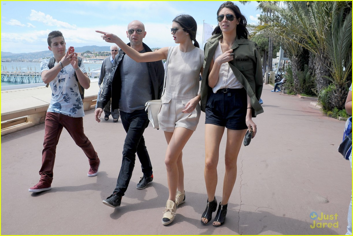 kendall jenner cannes shoot boat 17