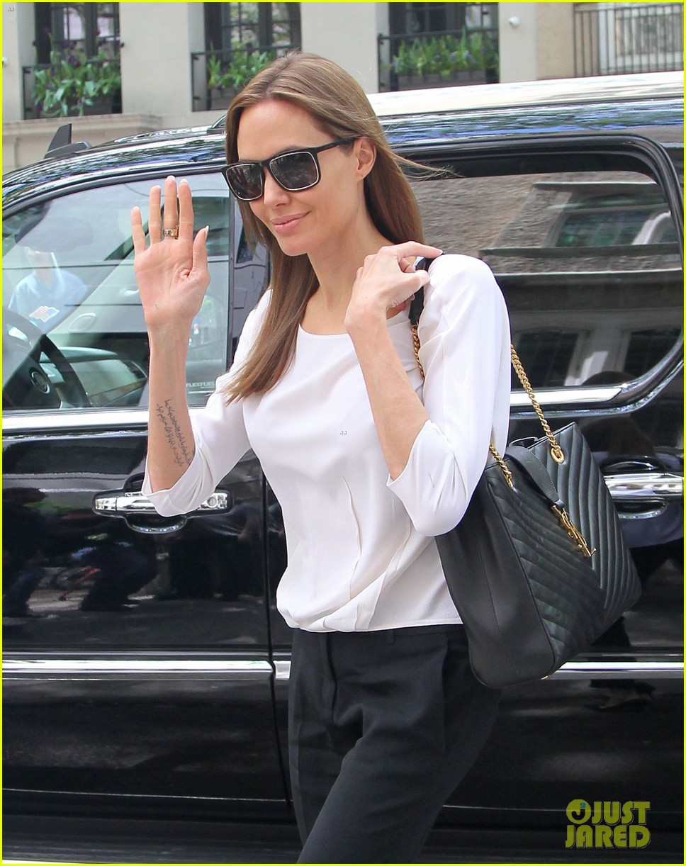 angelina jolie heads to meeting in new york city 023111529