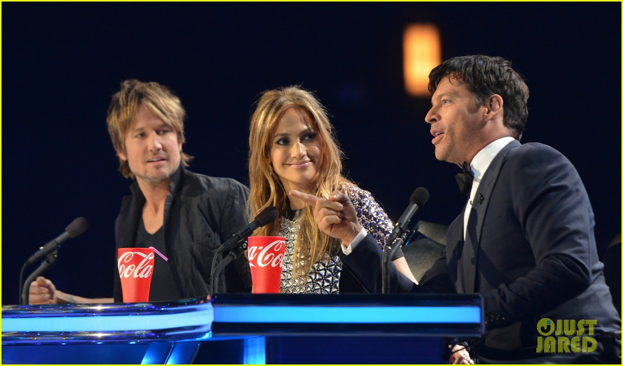 american idol judges will all perform on tonights finale 02