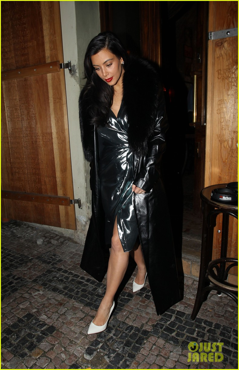 kim kardashian wears flashy dress for honeymoon date night 05