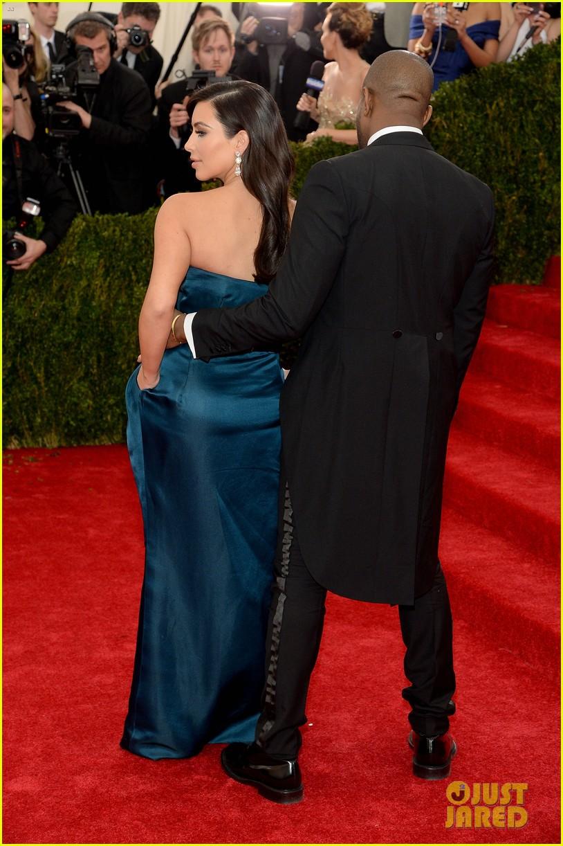 kim kardashian kanye west met ball 2014 053106127