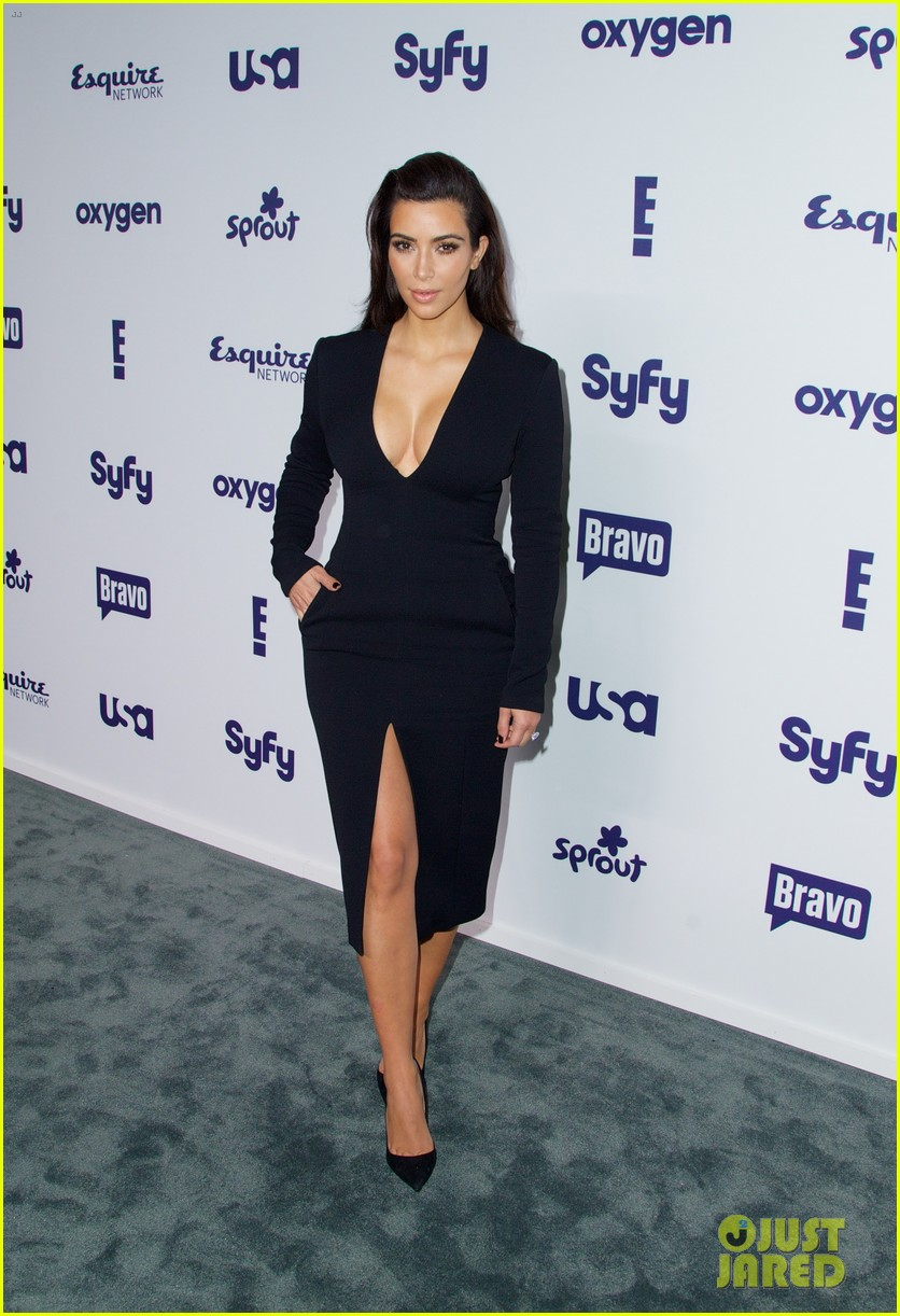 kim kardashian flashes major cleavage at nbcu upfronts 01