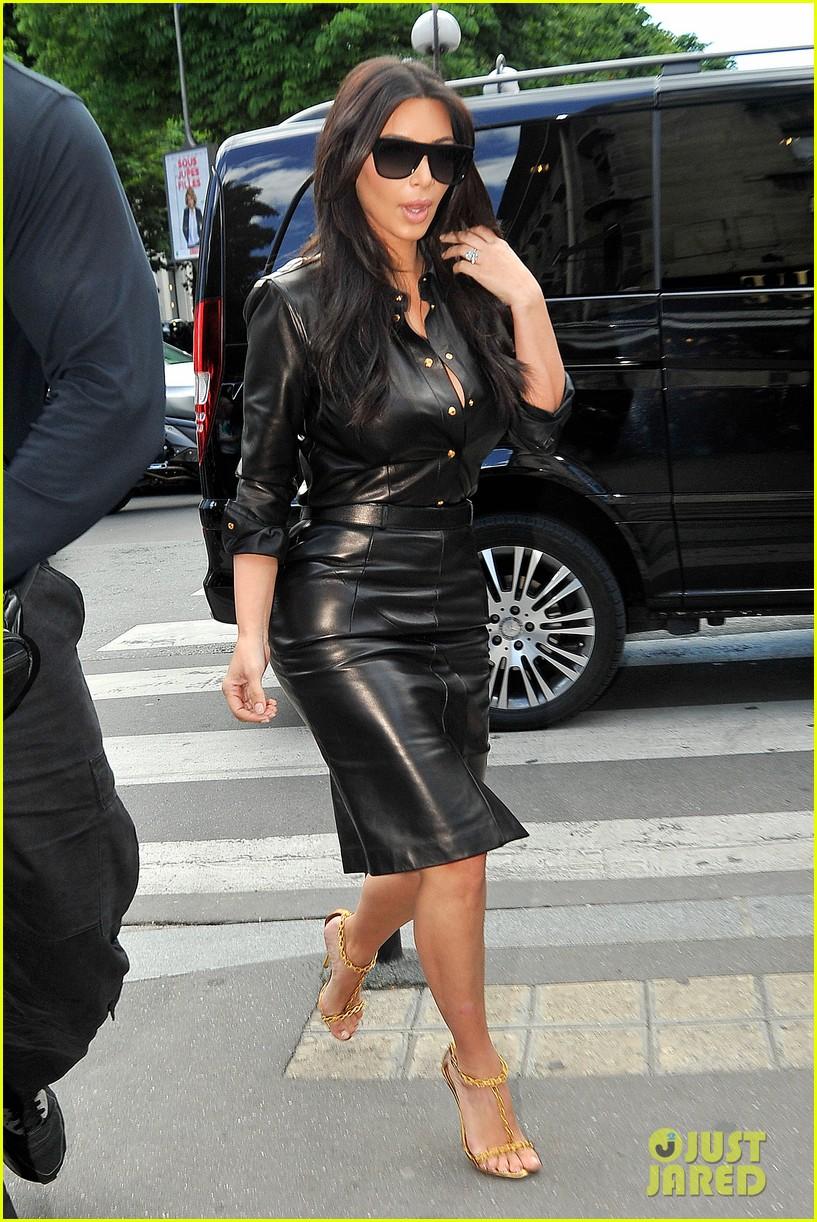 kim kardashian wears tight leather dress for pre wedding shopping 013119788