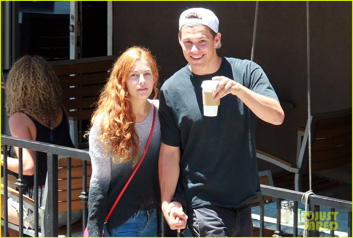 riley keough ben smith petersen smooch on their day date 03