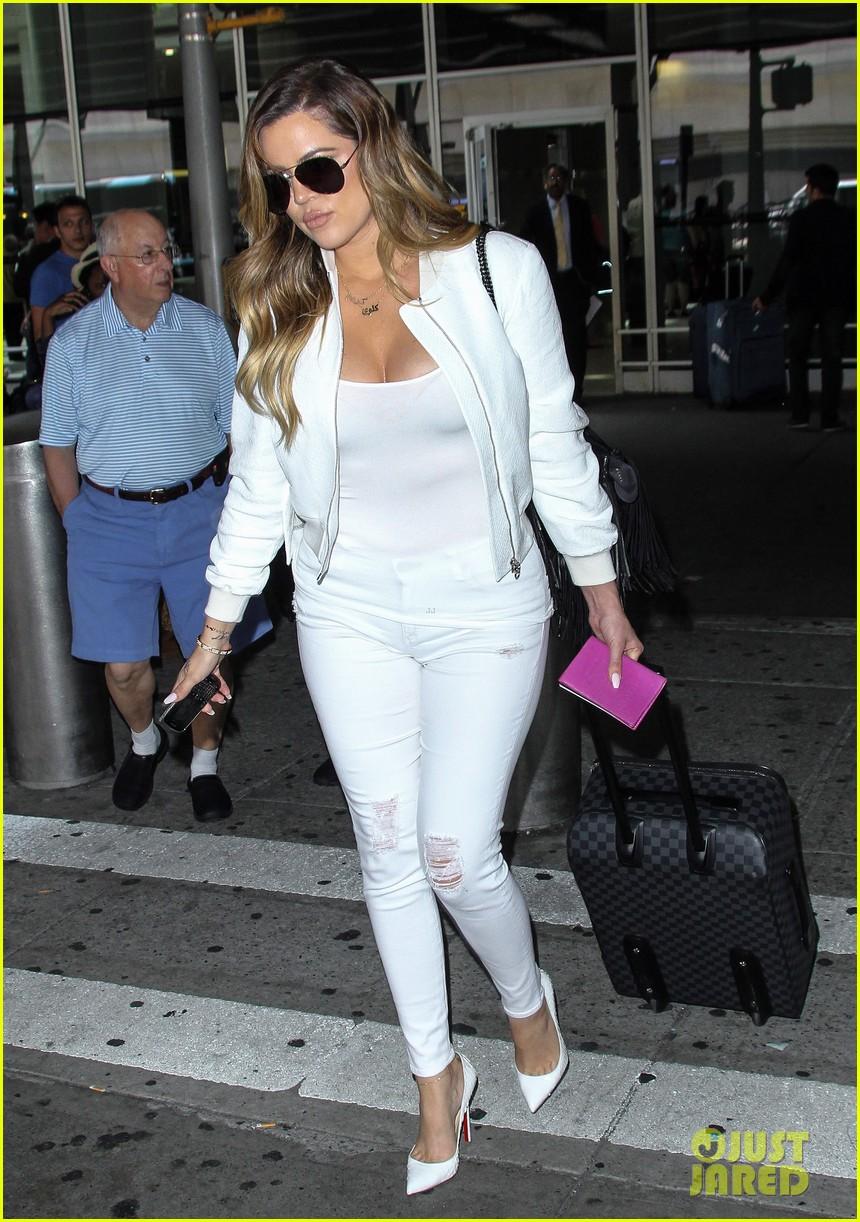 khloe kardashian wishes scott disick happy birthday mugshot 11