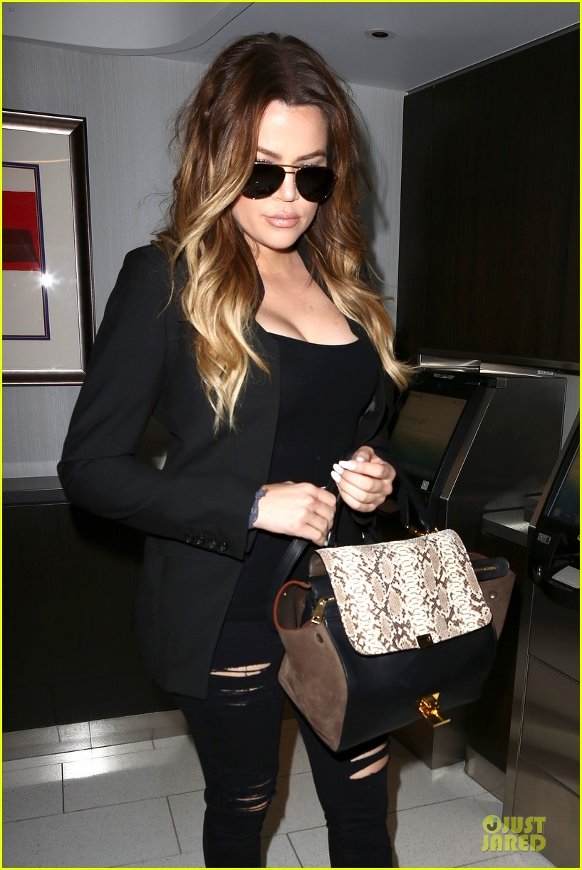 khloe kardashian uses gym as therapy 02
