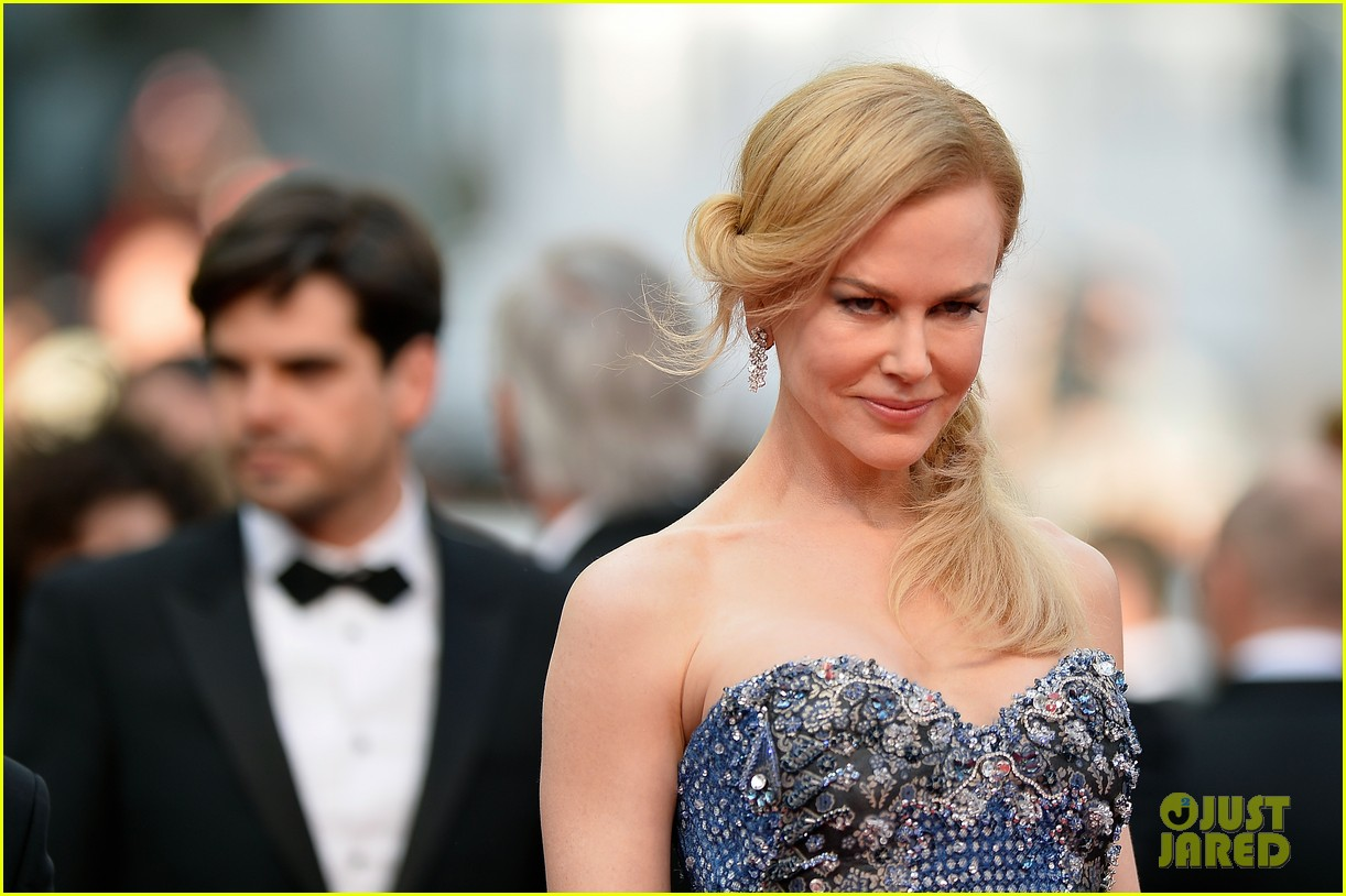 nicole kidman wears gorgeous intricately beaded gown for grace of monaco cannes premiere 073113198