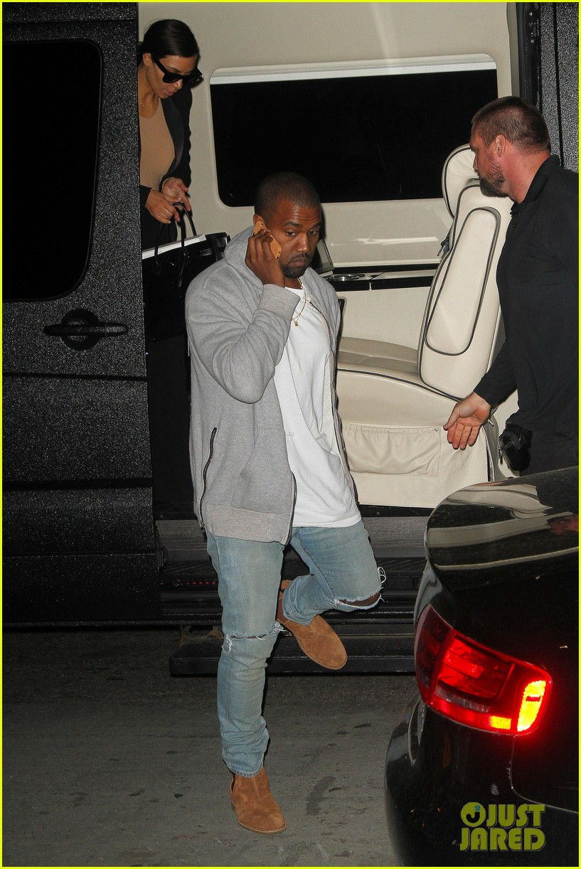 kim kardashian kanye west arrive in nyc after wedding rumors 18