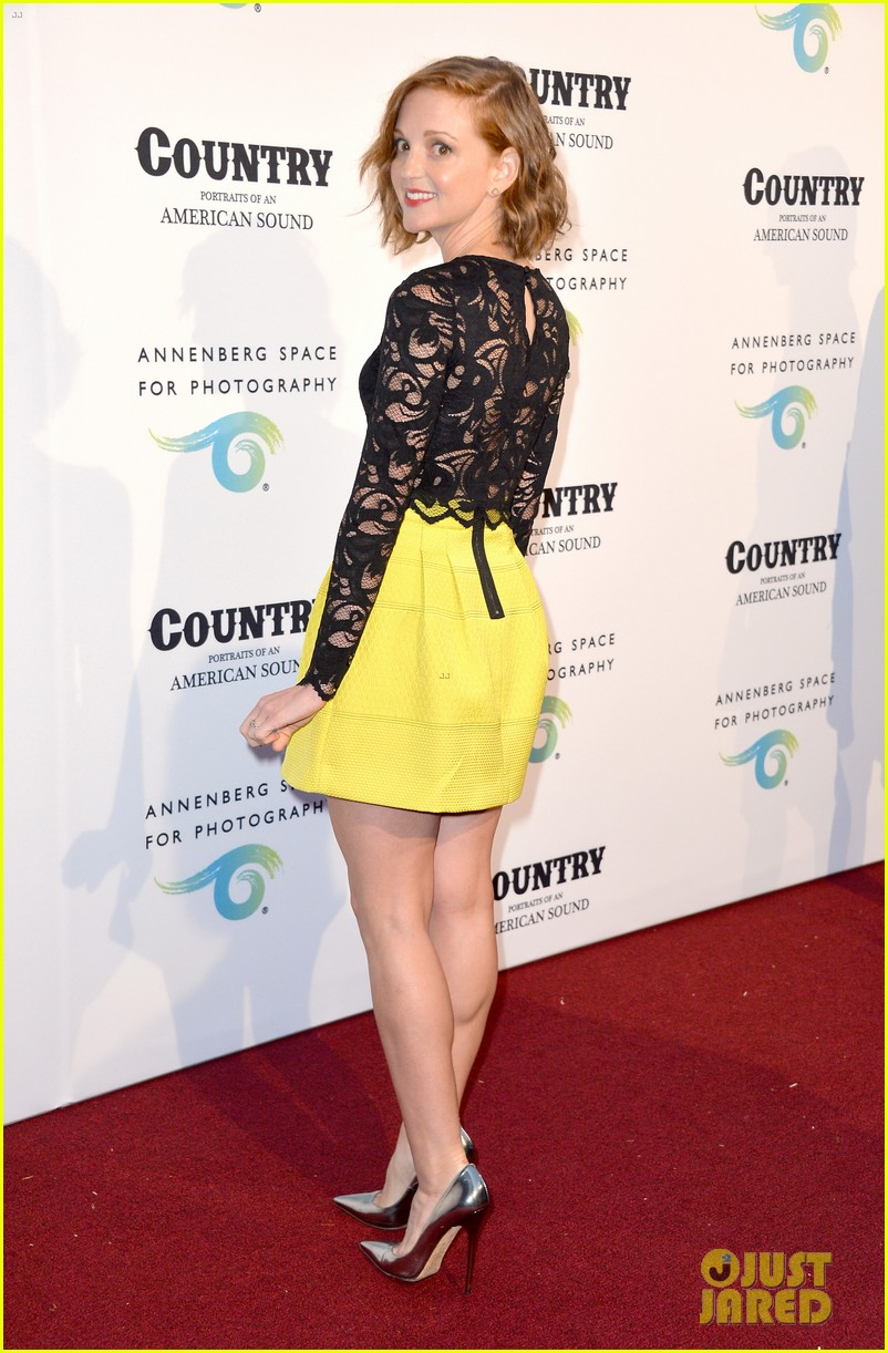jaime king mandy moore annenberg space for photography country exhibit 113120380