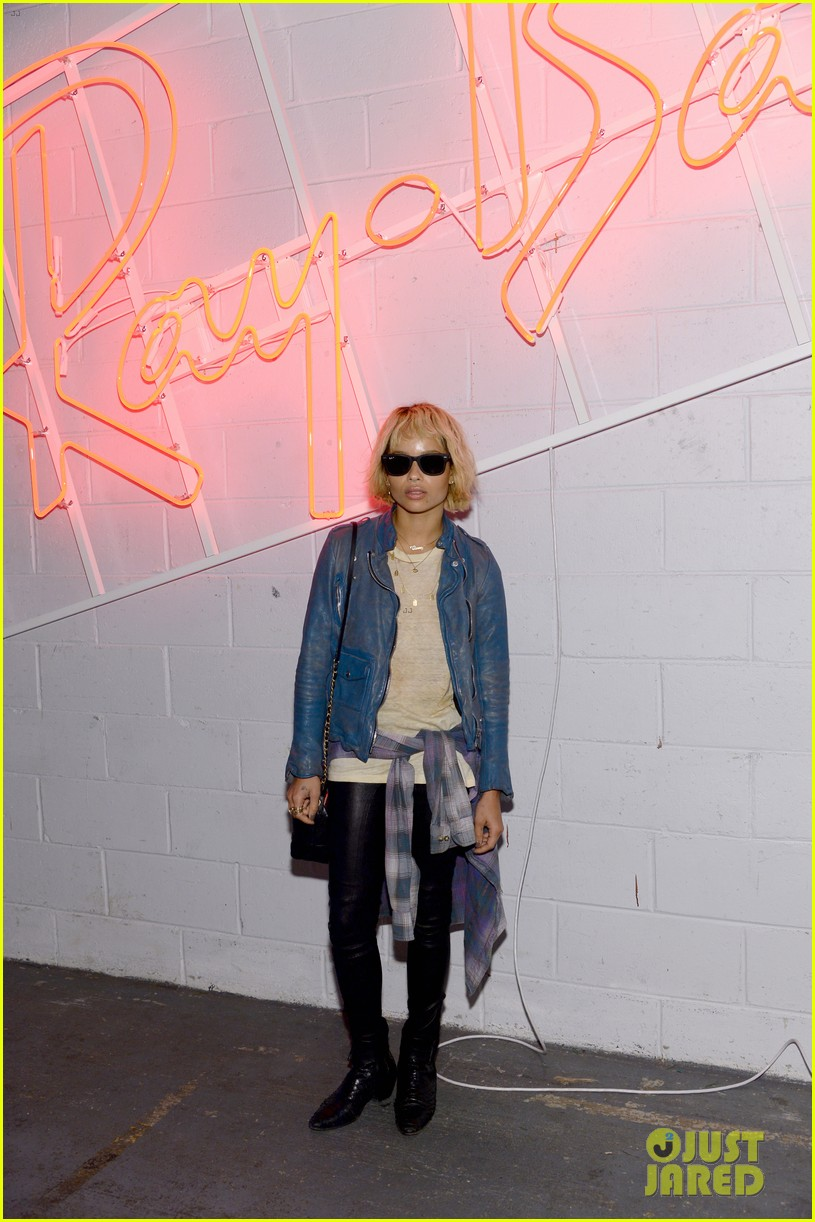 zoe kravitz ireland baldwin get shady to help ray ban debut district 1937 03