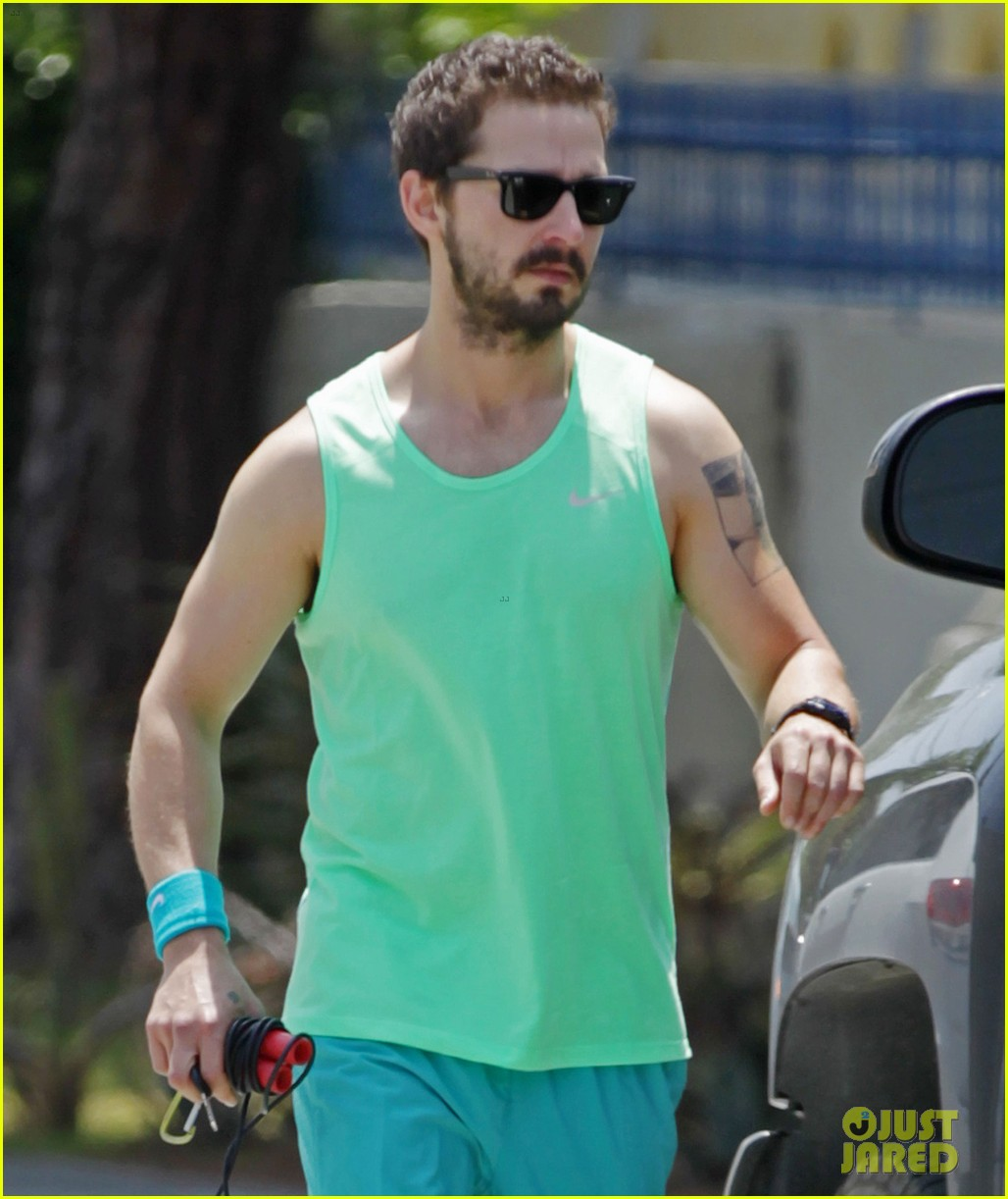 shia labeouf crazy head to toe green outfit 013108880