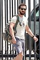 shia labeouf wears same outfit to gym meeting 02