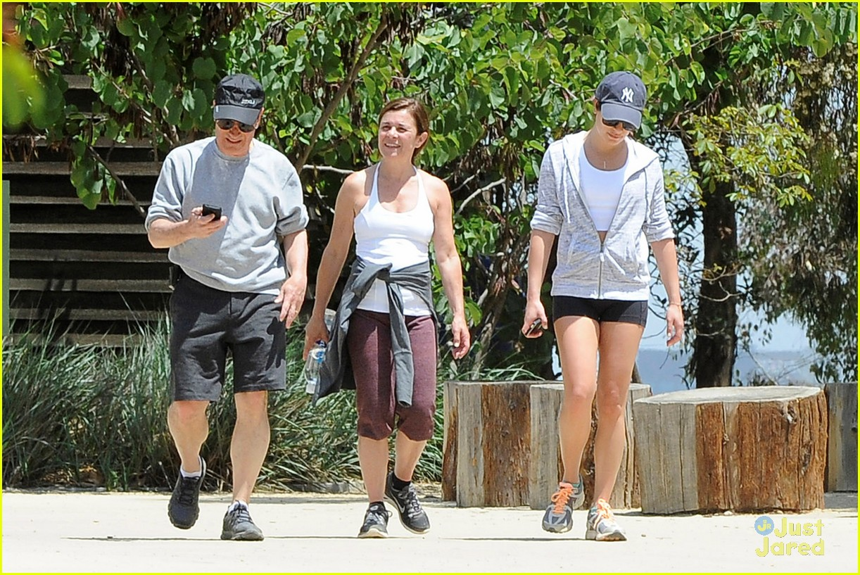 lea michele hike parents funny girl 103109890