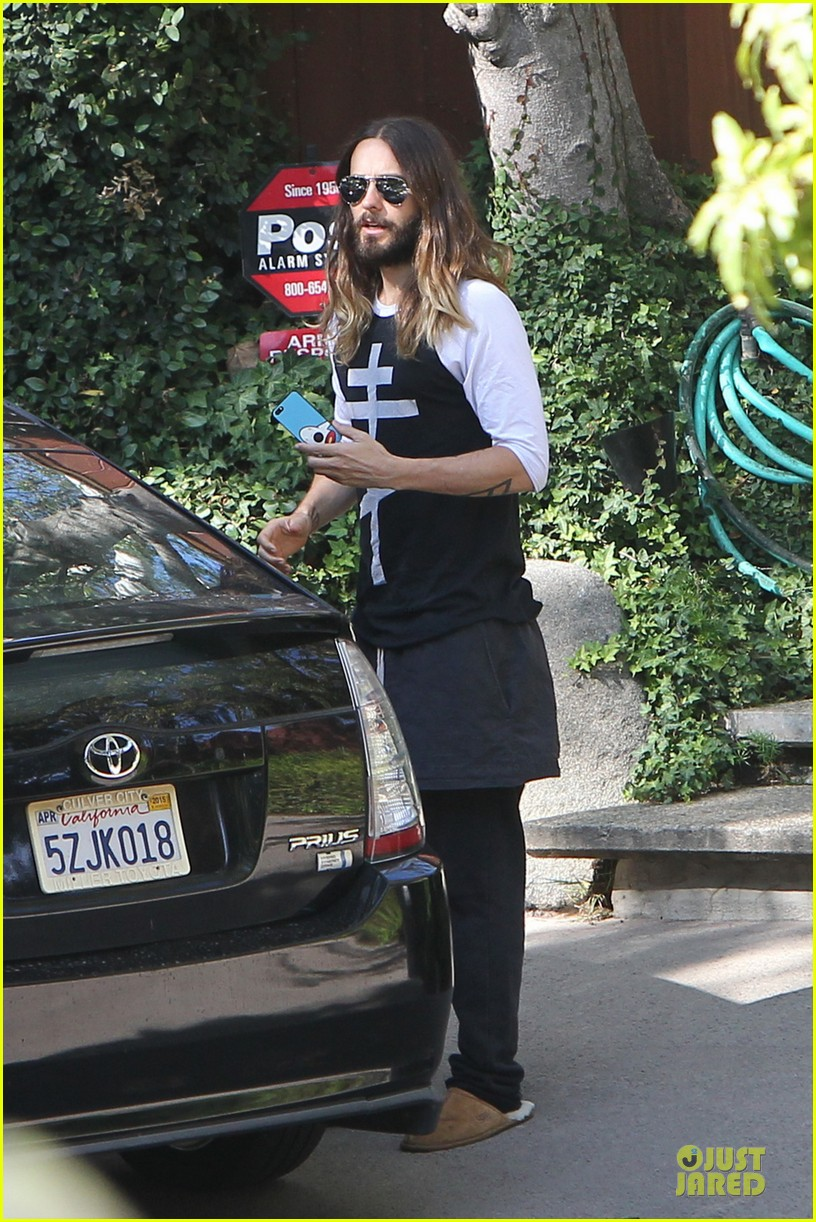 jared leto approval isnt necessary to be who we are 04