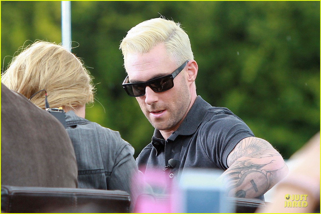 adam levine considers shaving head now 163107558