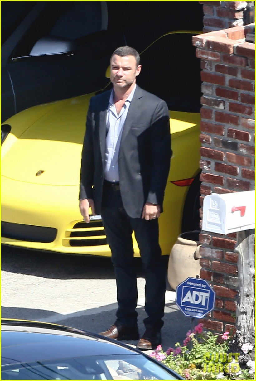 liev schreiber direct ray donovan episode next season 153111076
