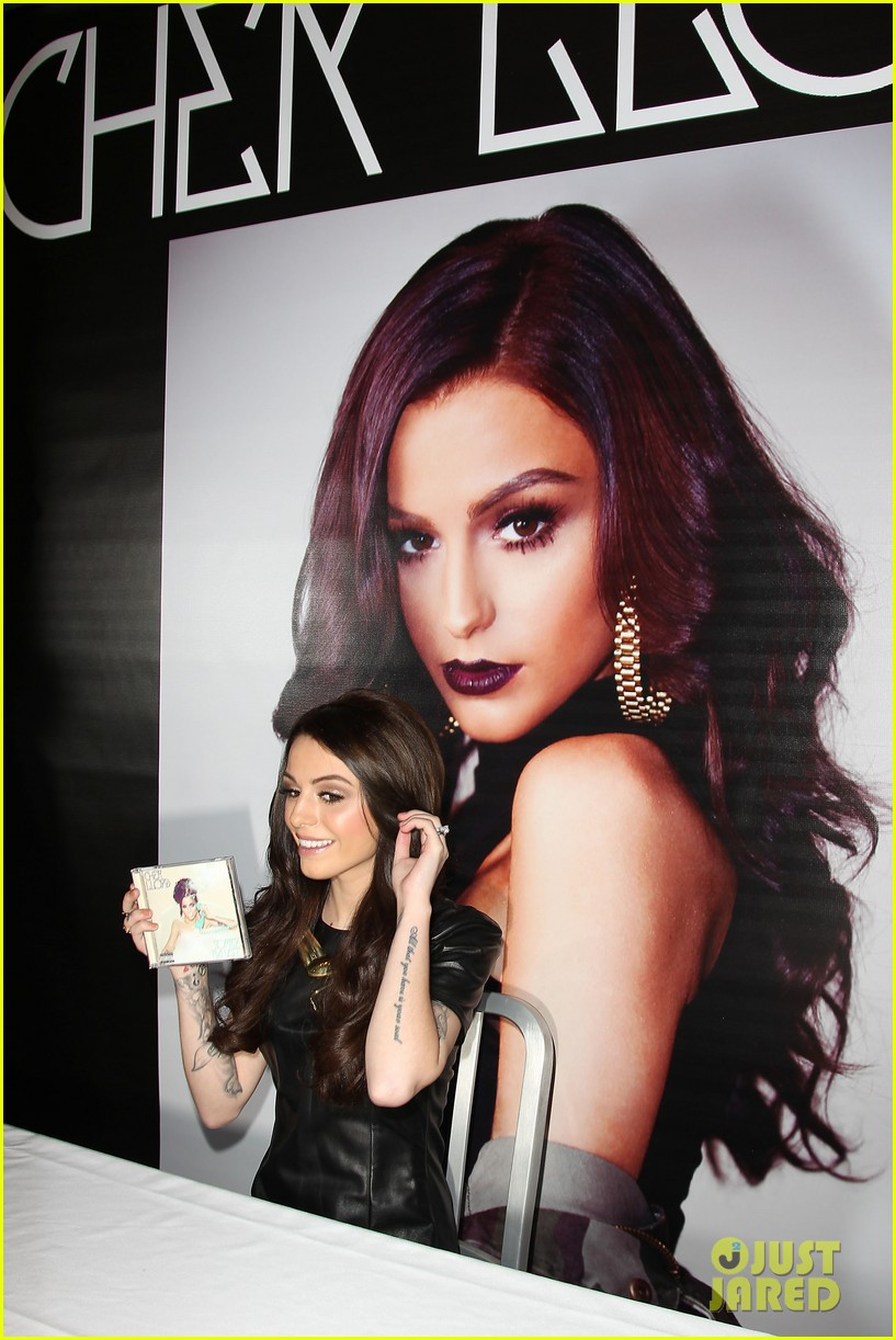 cher lloyd celebrates sorry im late album release in nyc 03
