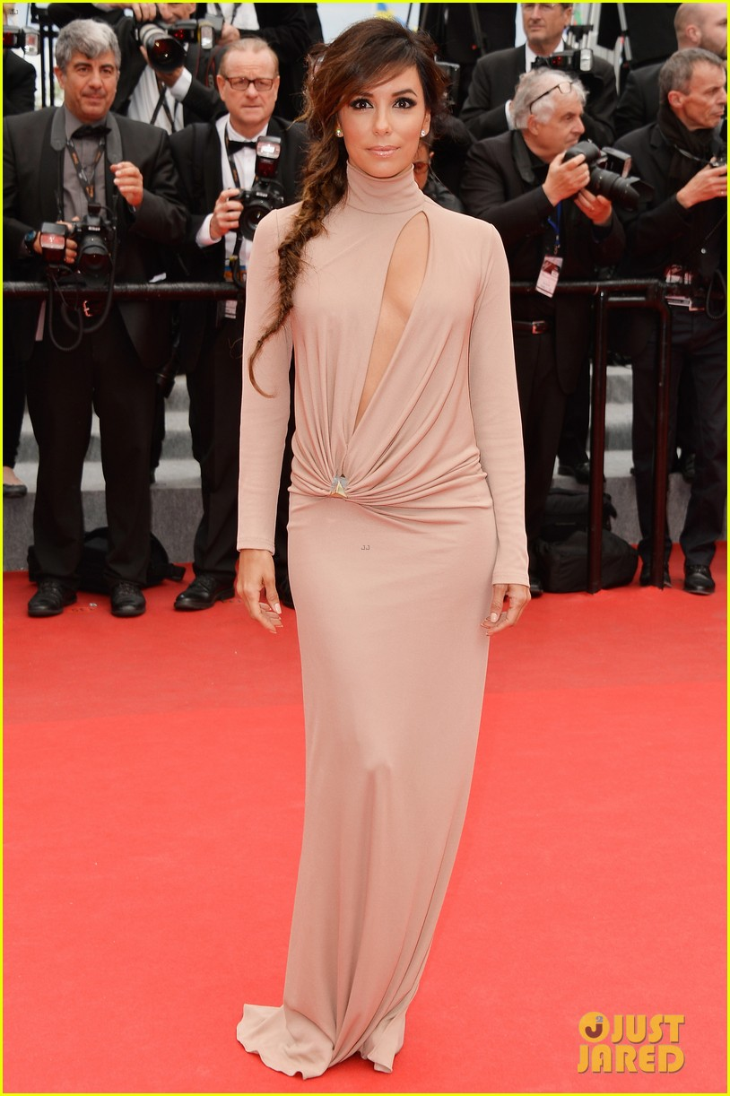 eva longoria riley keough foxcatcher cannes premiere 01
