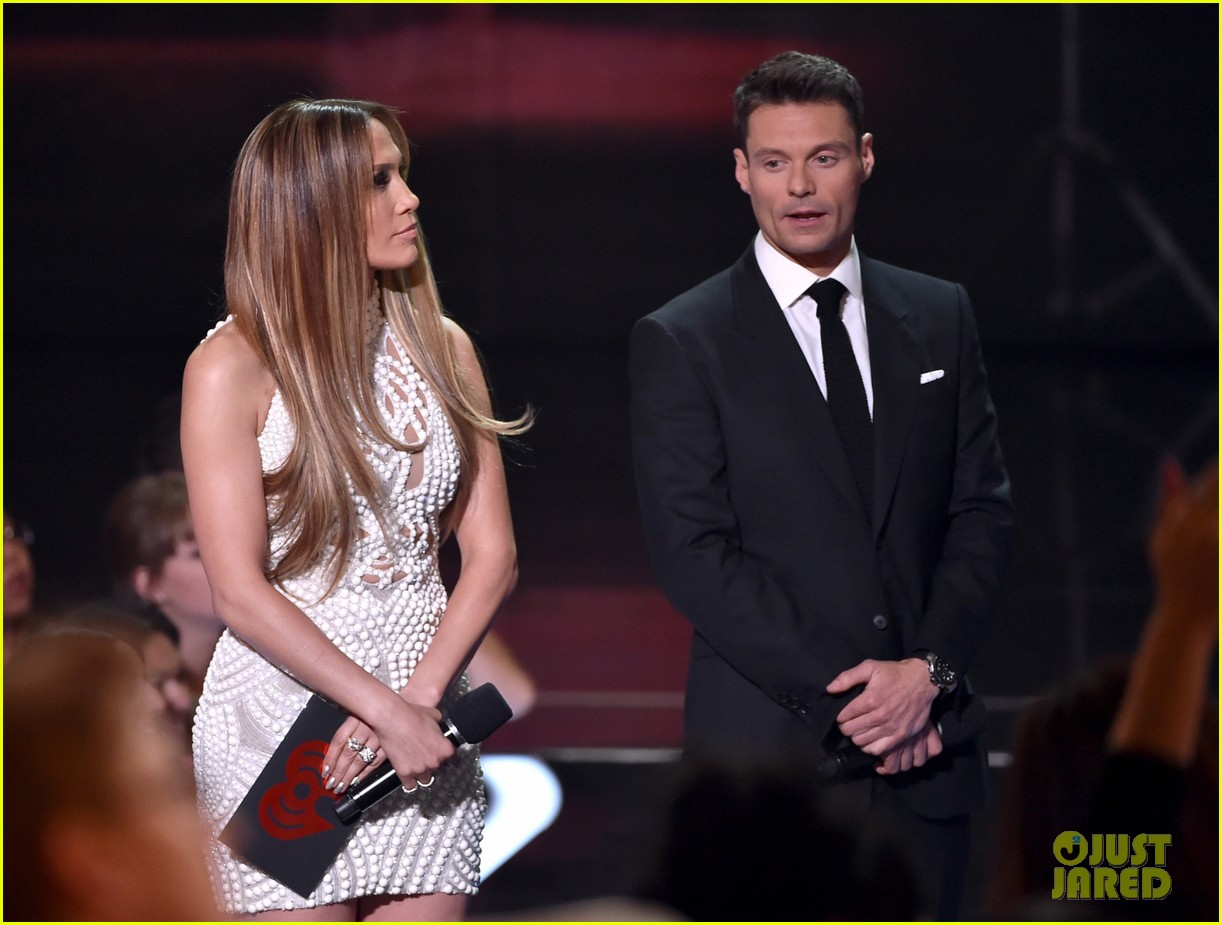 jennifer lopez goes from idol to iheartradio music awards 113103551