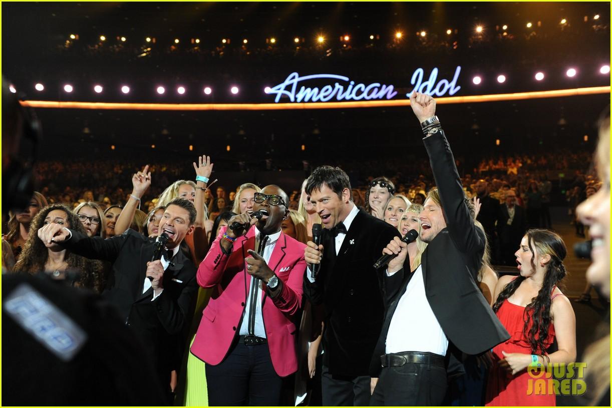jennifer lopez performs first love american idol finale 03