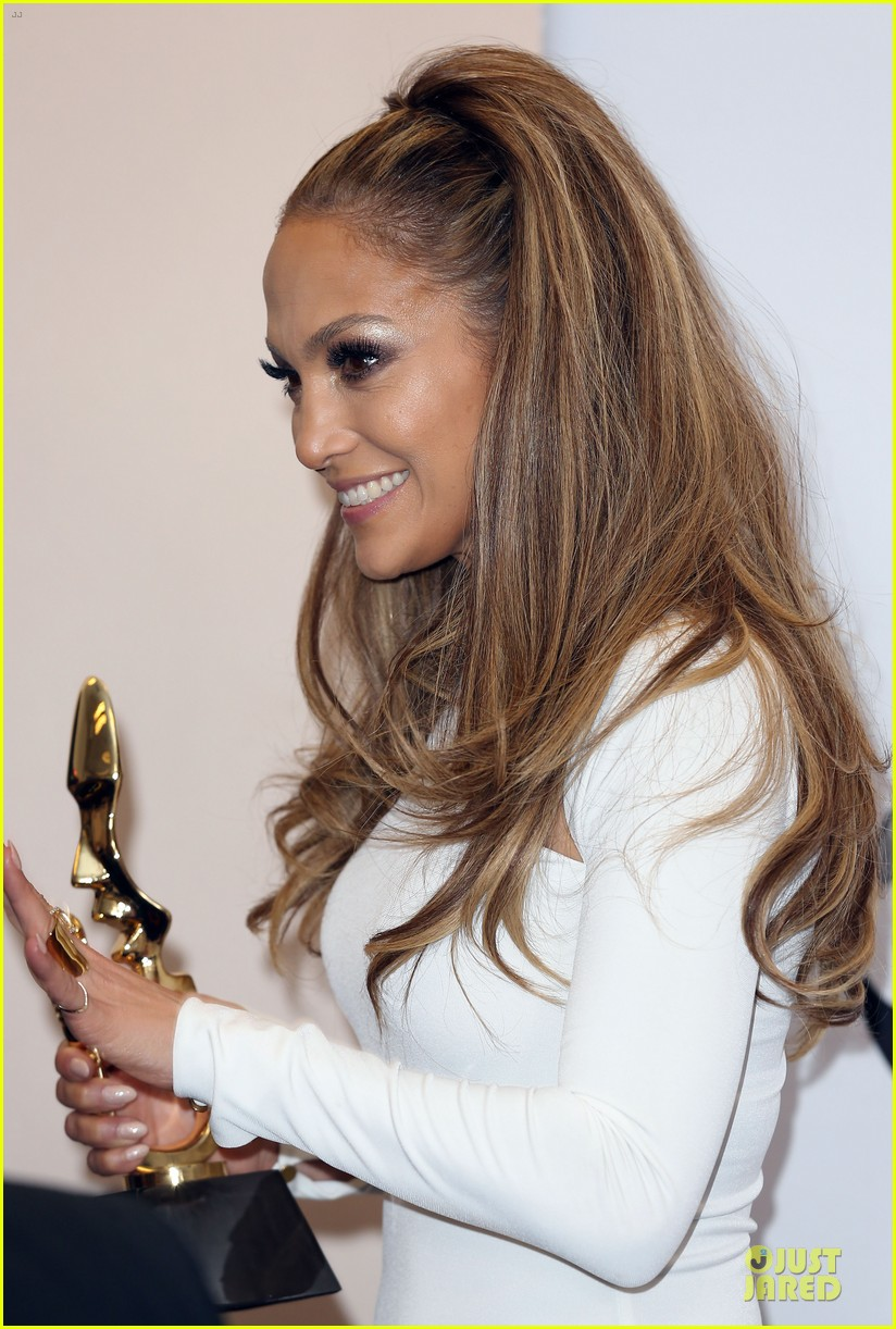 jennifer lopez vision white billboard press room 11