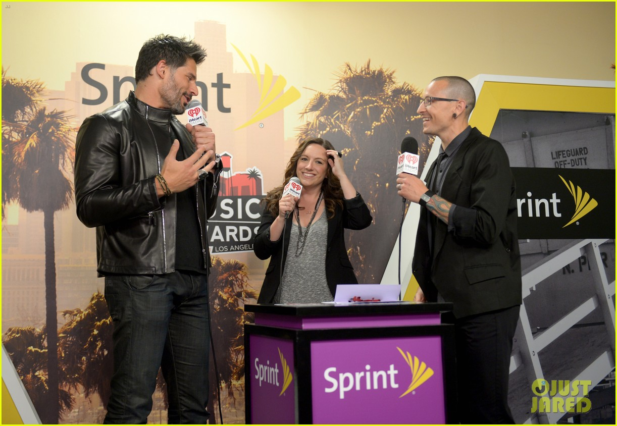 joe manganiello sam palladio iheartradio music awards 2014 103103668