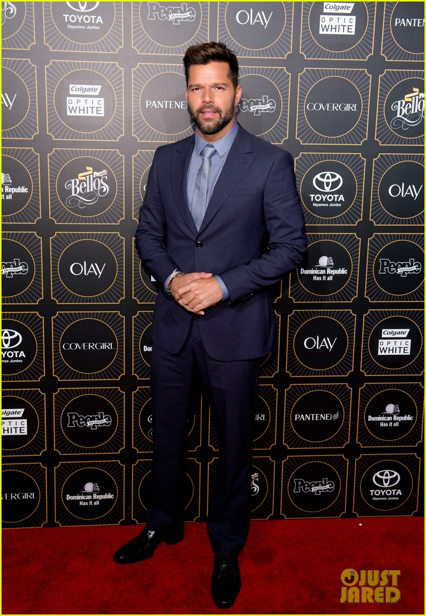 ricky martin suits up for people en espanols annual 50 mas bellos 043112299