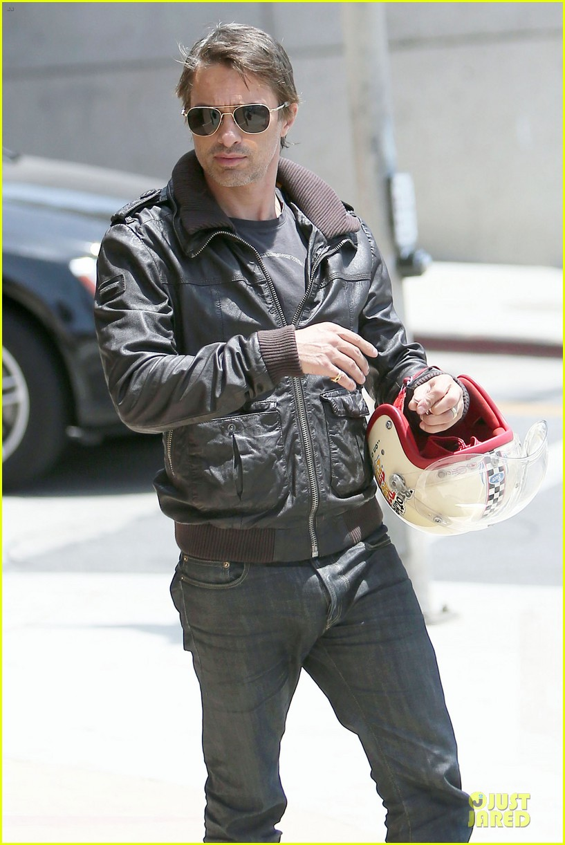 olivier martinez carrys motorcycle purse like a purse 173118677