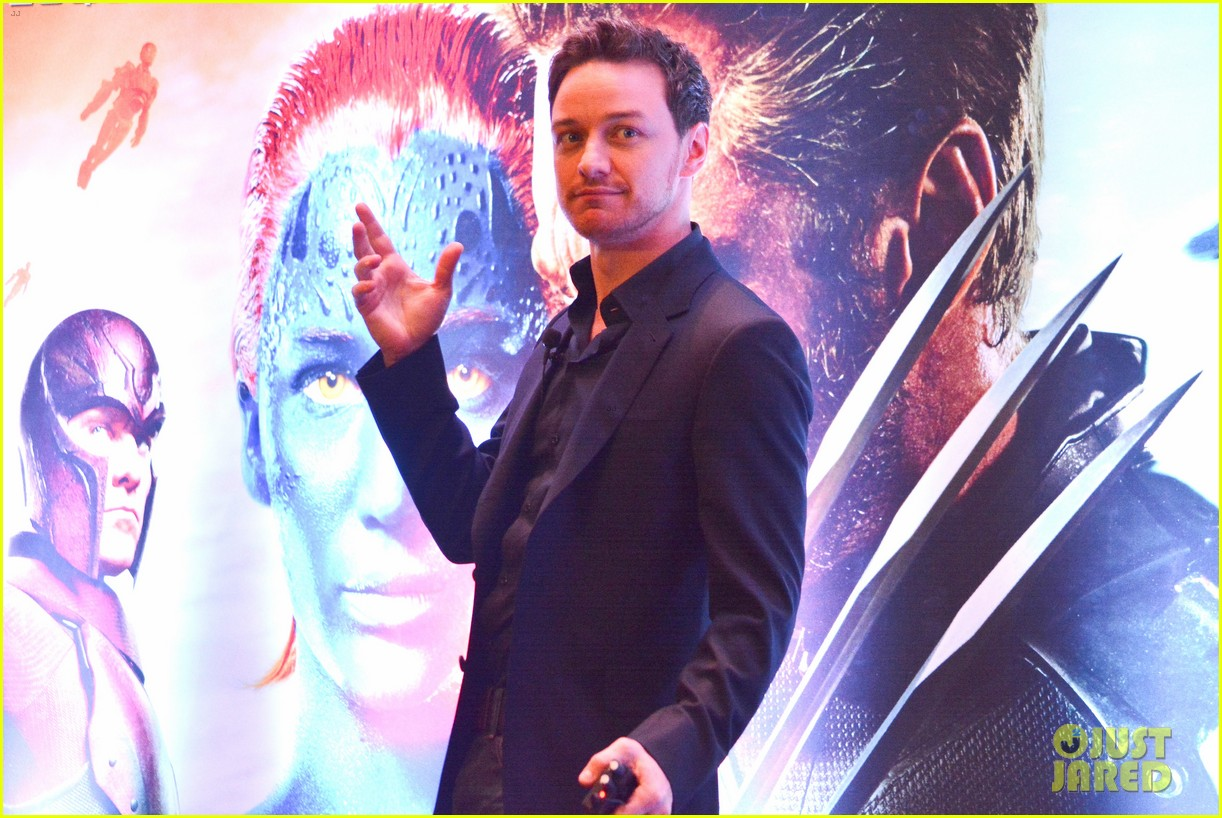 james mcavoy joins patrick stewart in sao paulo for x men press 023113888