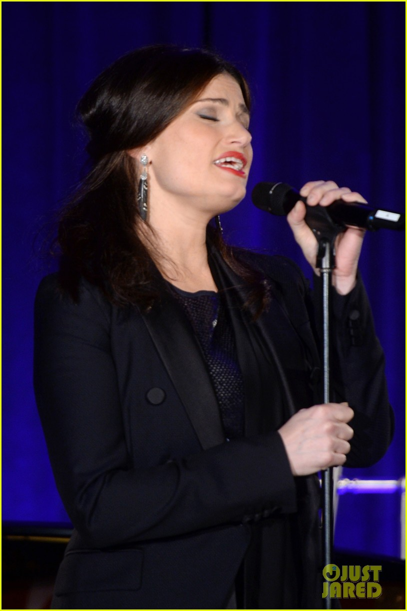 idina menzel belts it out for equality 14