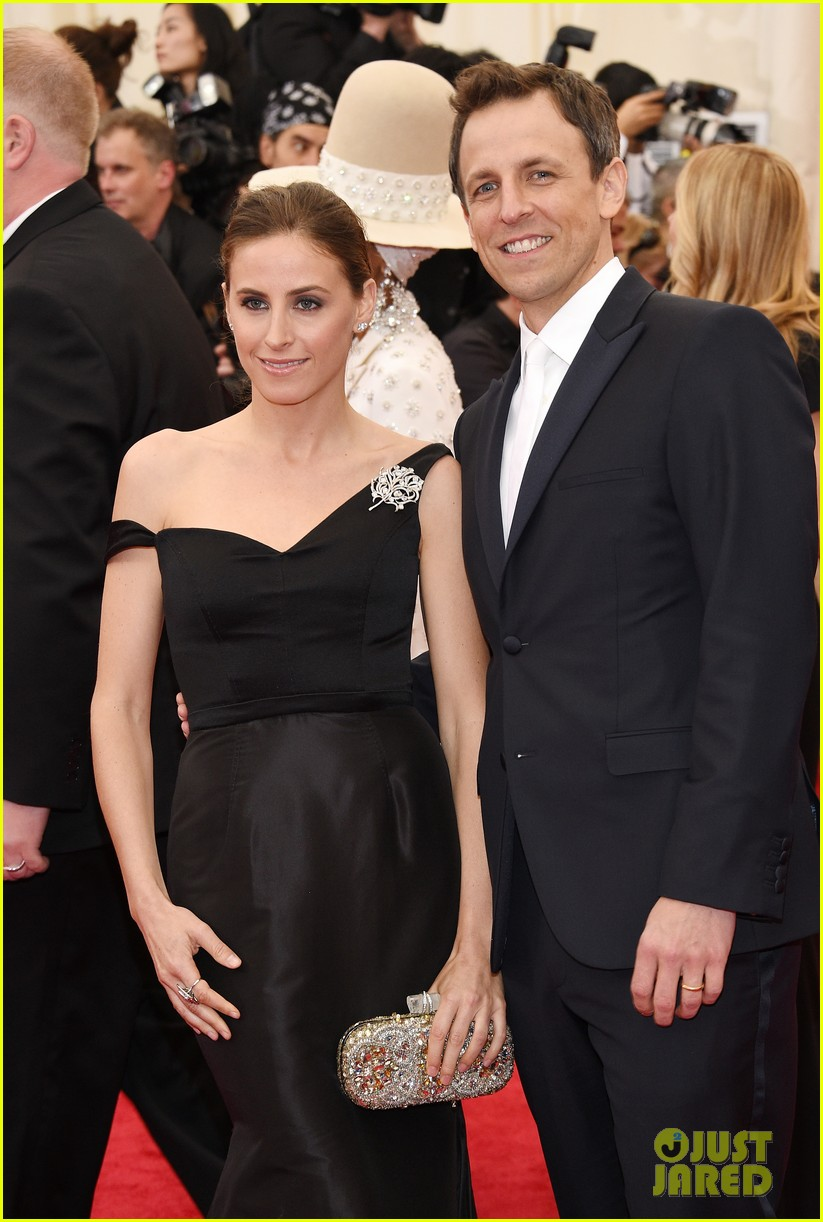 seth meyers brings wife alexi ashe to met ball 2014 02