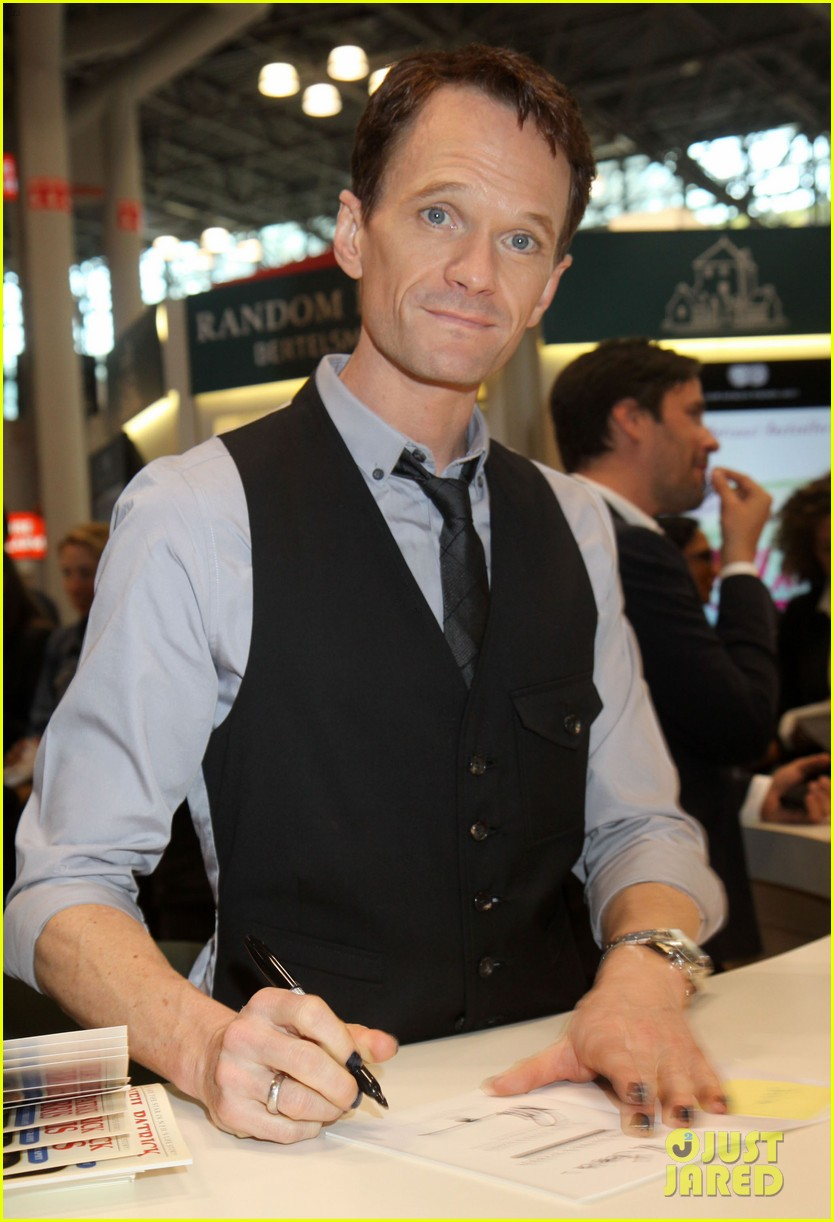 neil patrick harris will perform at the tonys 053124369