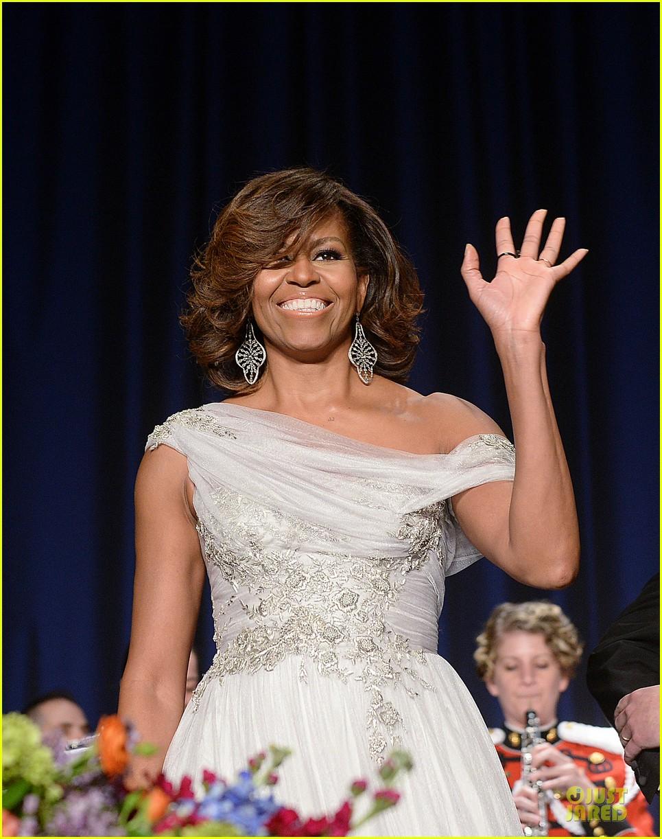 president obama shares jokes at white house correspondents dinner 2014 05
