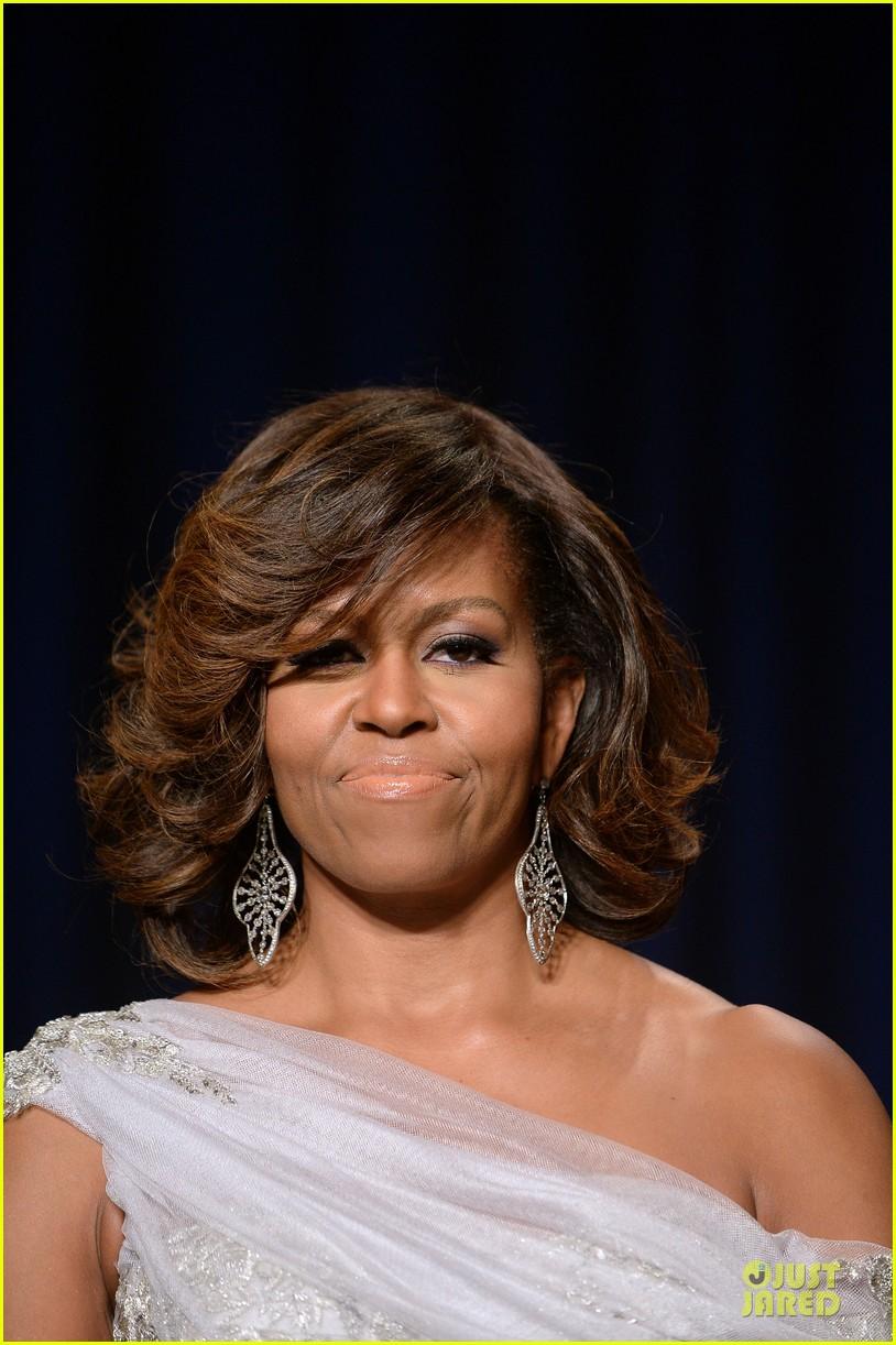 president obama shares jokes at white house correspondents dinner 2014 08