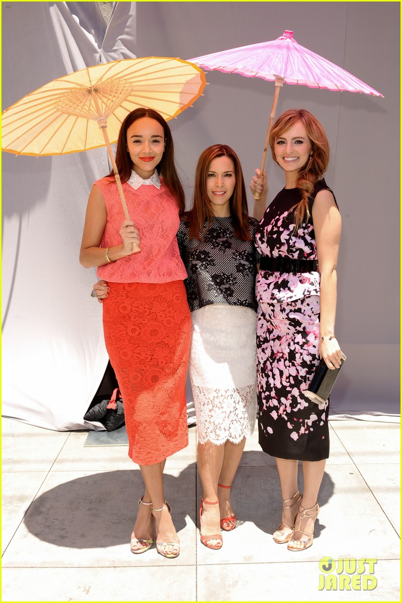 ashley madekwe ahna oreilly monique lhuillier fashion show 13