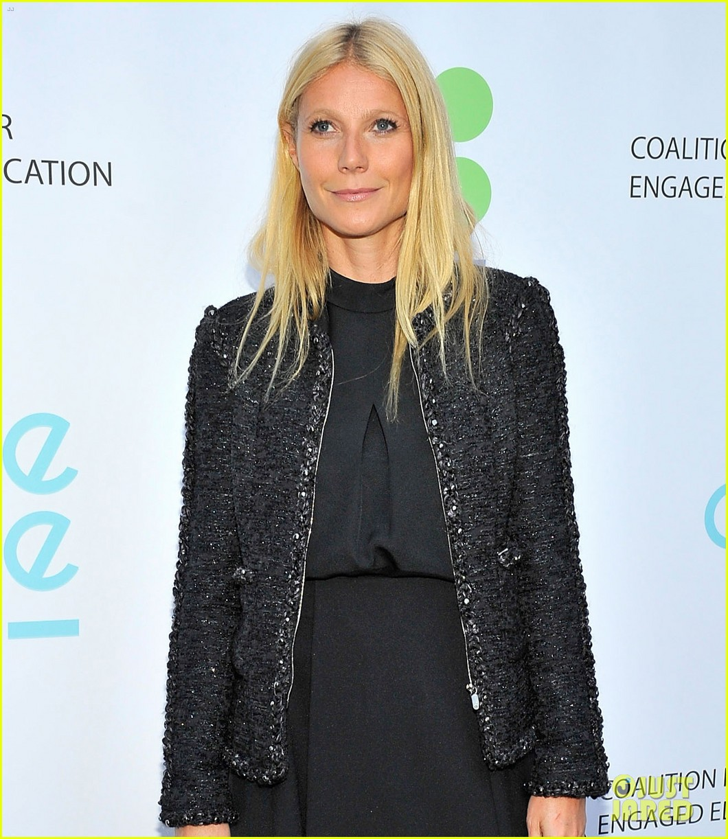 gwyneth paltrow hits the stage for poetic justice fundraiser 053123751