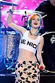 paramore performs aint it fun with jena irene 01