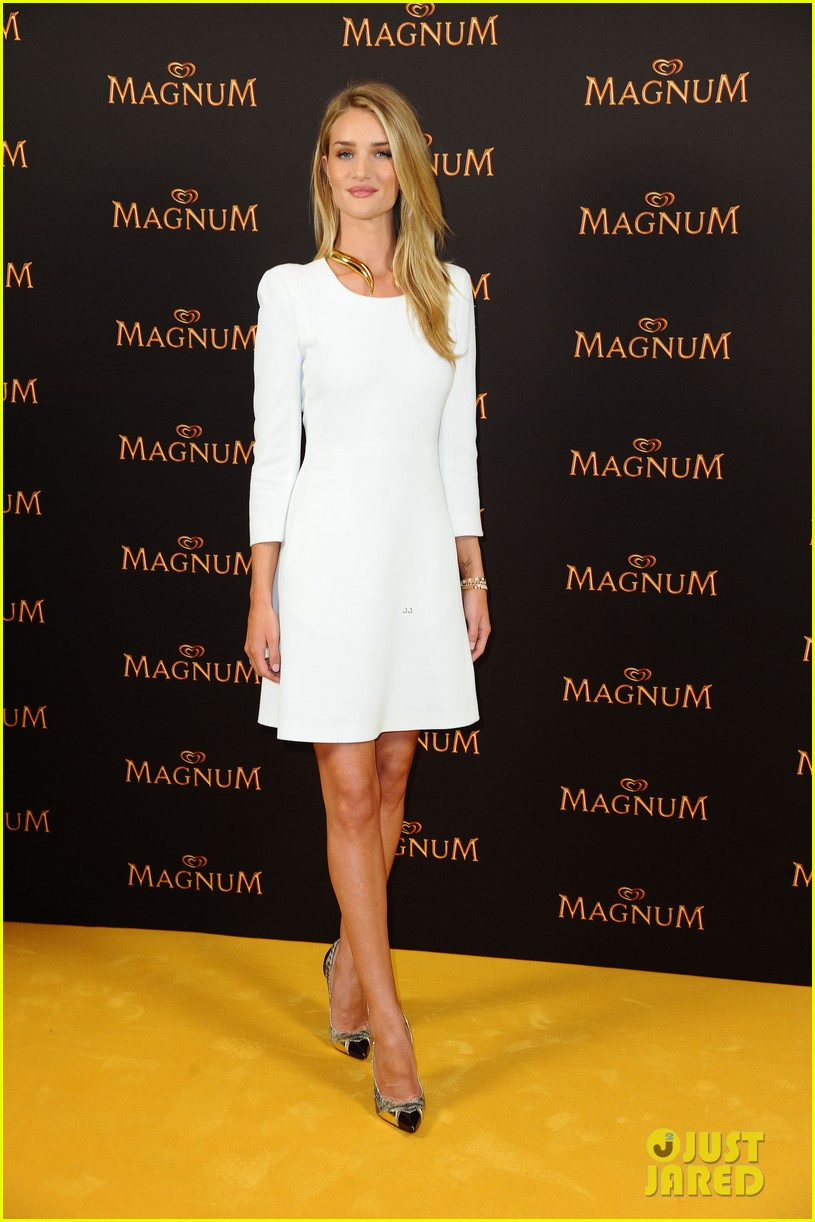 rosie huntington whiteley debuts new magnum short film 15