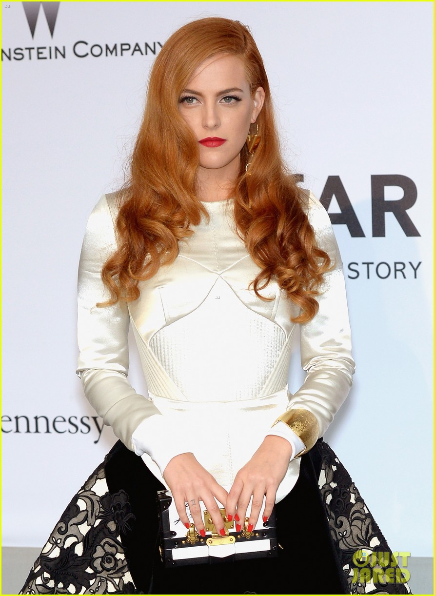 riley keough amfar 2014 cannes 053119988
