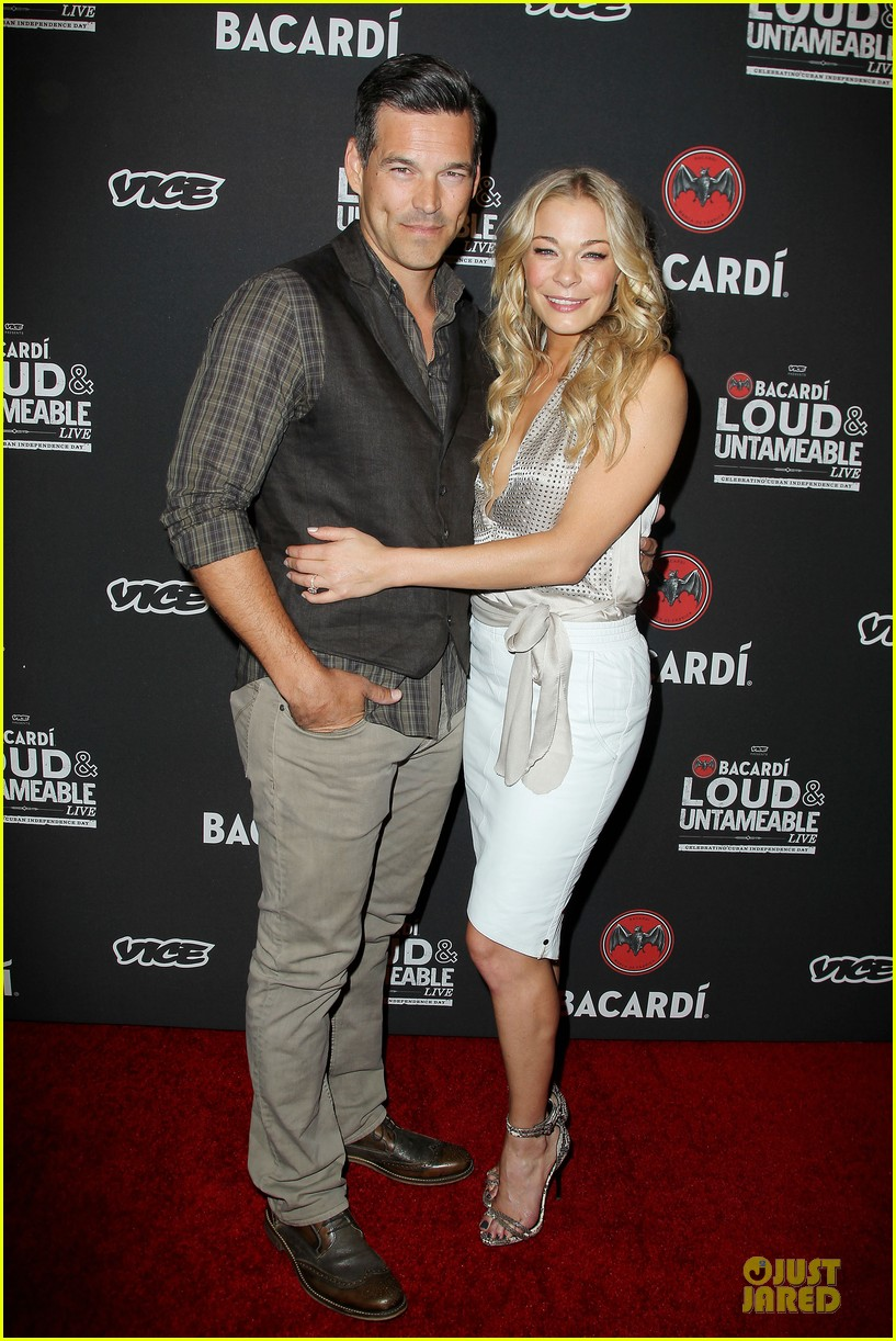 leann rimes eddie cibrian untameable couple in nyc 093118553